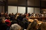 Η αίθουσα «Μαρία Λιουδάκη» γέμισε με φίλους της δημοτικής κίνησης.